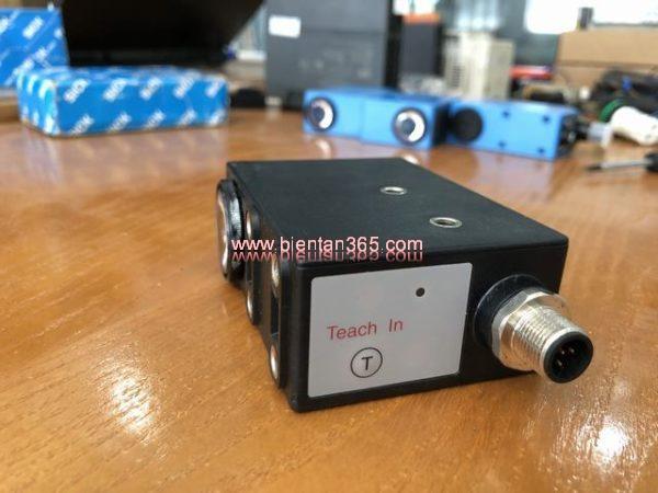 Contrast sensor pepper fuchs dk20-9-5-110-124-418074