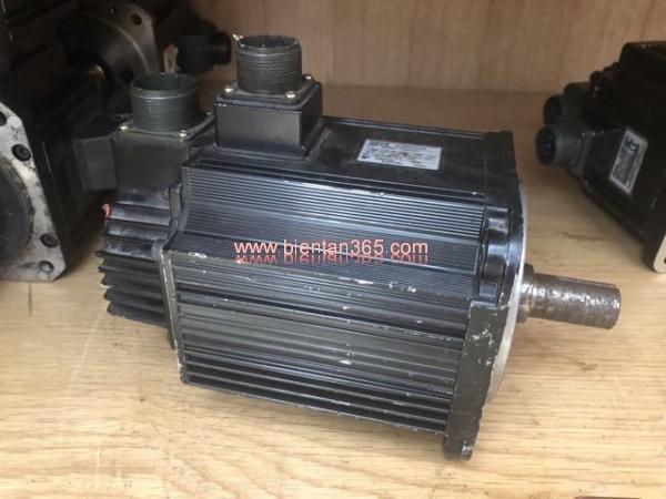 Động cơ ac servo yaskawa 1,3kw sgmgh-13dca61